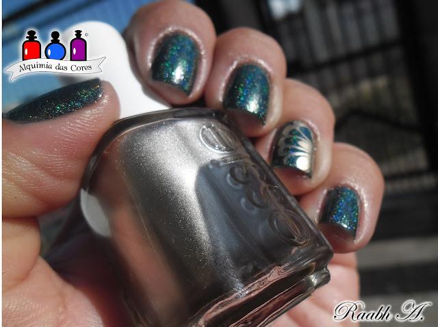 Verde, FUN Lacquer, Positive Vibes, Essie, Good as Gold, carimbada, nail art, dourado, holográfico, Raabh A., watermarble, Green, esmalte verde