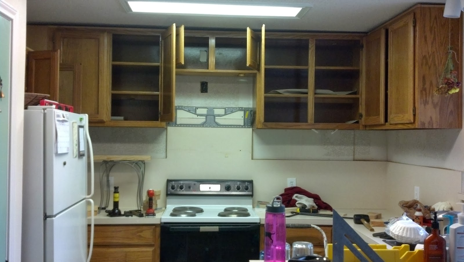 Fix Lovely: How to raise your kitchen cabinets