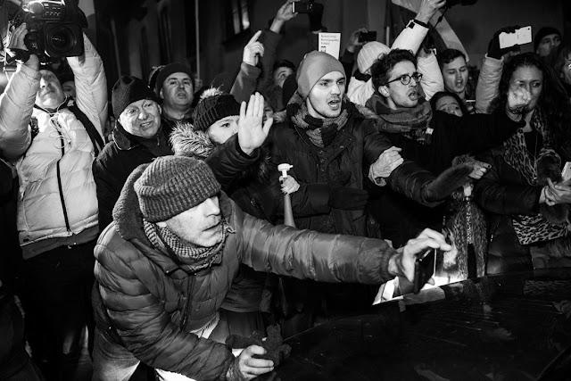 Kaczynski na Wawelu, KOD, demonstracja, Krakow