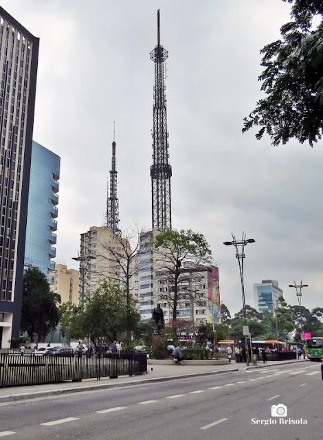 Vista ampla da Praça do Ciclista - Cerqueira César - São Paulo
