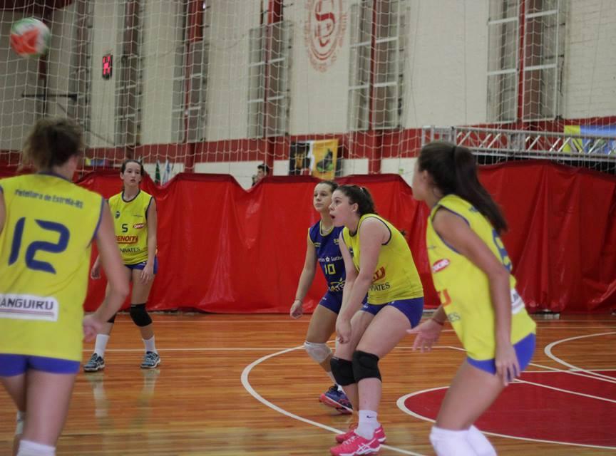 51602c12e6 Atletas estrelenses encararam fortes adversários no Festival Mercosul.