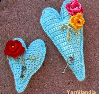 http://yarnilandiacrafts.blogspot.com.es/2015/01/corazon.html