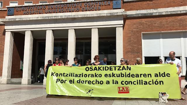 Protesta de LAB en Cruces por el derecho a la conciliación