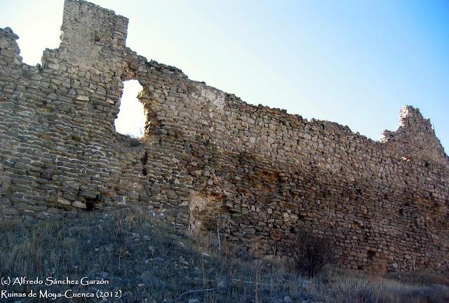 ruinas-moya-muralla-segundo-recinto