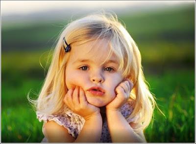 Menanti tanda hamil anak perempuan mungkin dambaan bagi tiap pasangan yang menantikan. Tanda hamil anak perempuan di awal kehamilan pun pastinya tidak bisa semata-mata dipastikan akurat hasilnya 100 persen oleh USG. Tanda hamil anak perempuan dan laki laki, menurut saya sama dan berkah dari tuhan yang sepatutnya wajib kita syukuri.