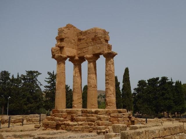 il tempio dei dioscuri