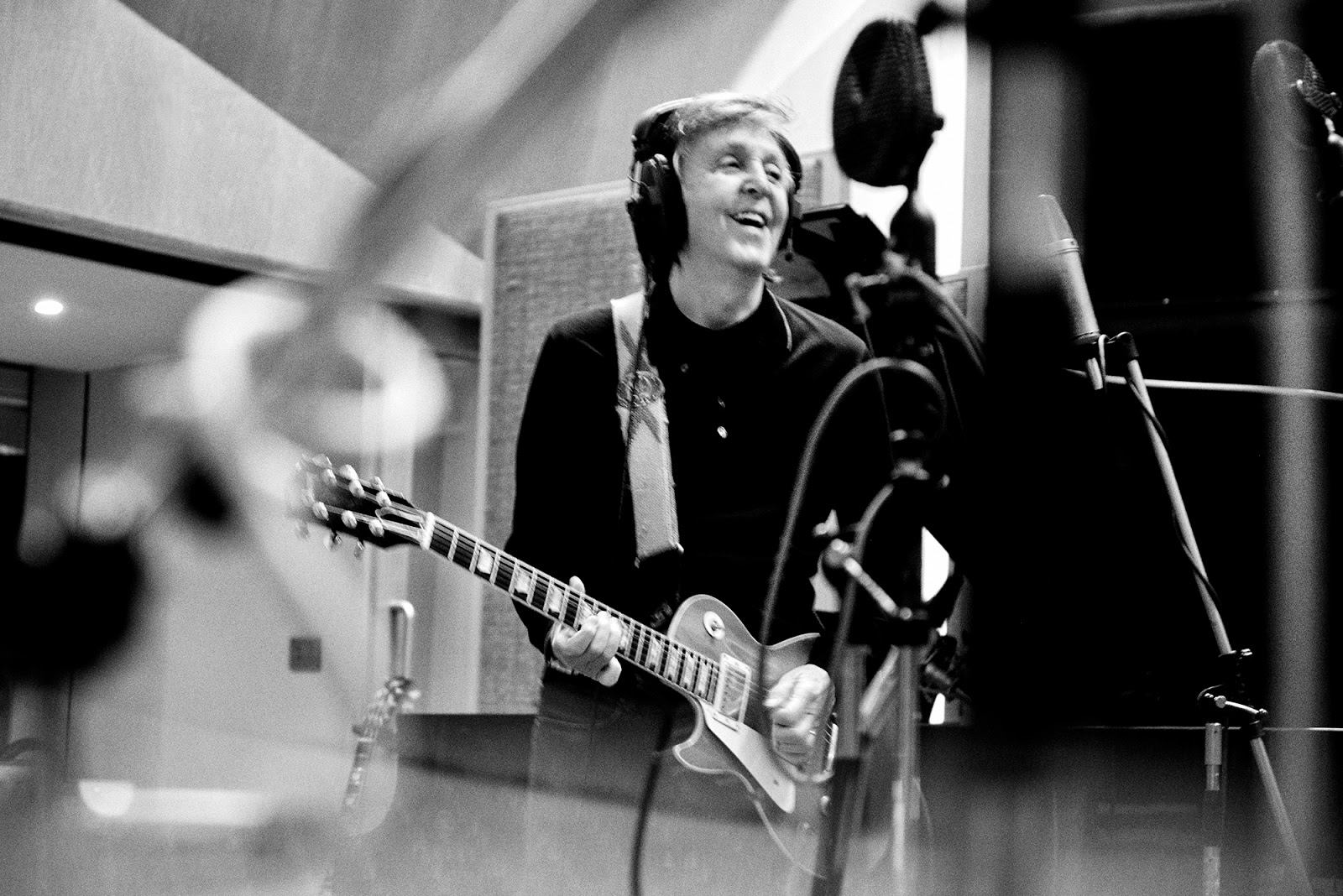 Eight sex-related songs by McCartney - macca-news