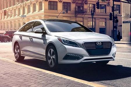 Mobil Hyundai New Sonata