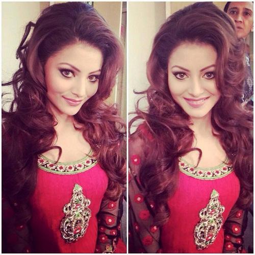Urvashi Rautela Hot Photo on Instagram