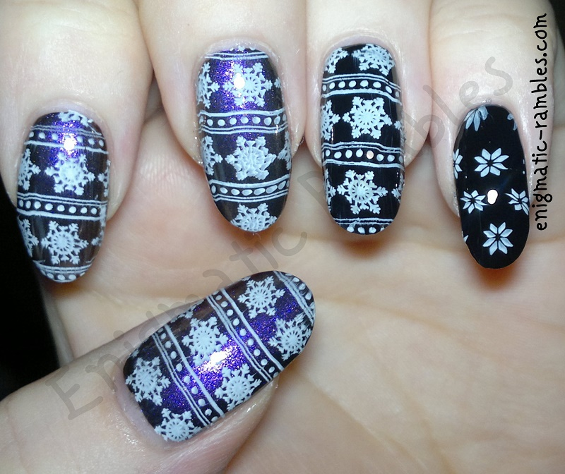 stamped-stamping-snow-snowflakes-nail-art-nails-moyou-london-festive-collection-03