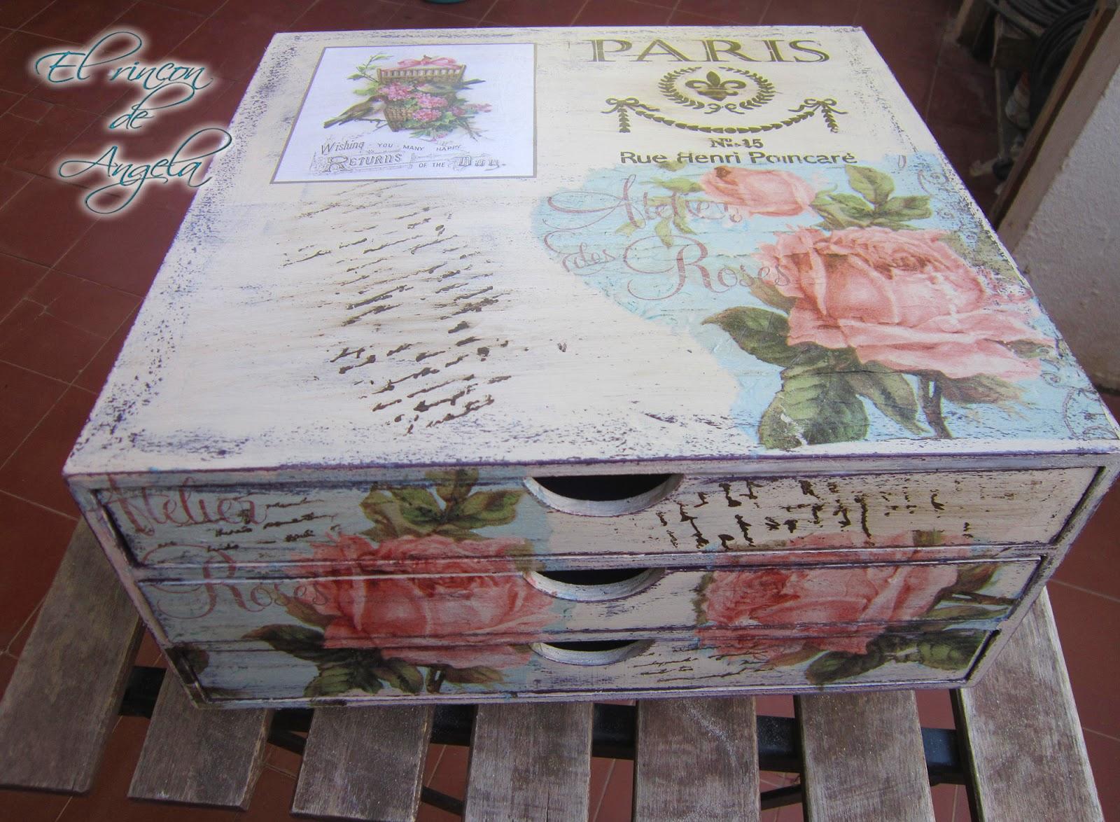 El rincon de angela como reciclar un mueble de madera con - Como lacar un mueble de madera ...