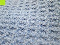 oben: Yoga-Decke »Ananda« Das Yoga-Handtuch ideal für Hot-Yoga und andere schweißtreibende Yogastile. Auch als Unterlage für Yogaübungen geeignet, 183 x 61 cm, in vielen Farben