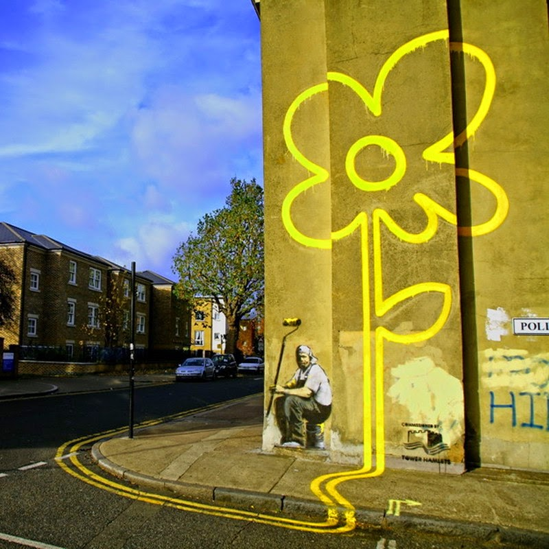 15 Of Banksy's Most Iconic Street Artworks - Street Lines Flower, 2007