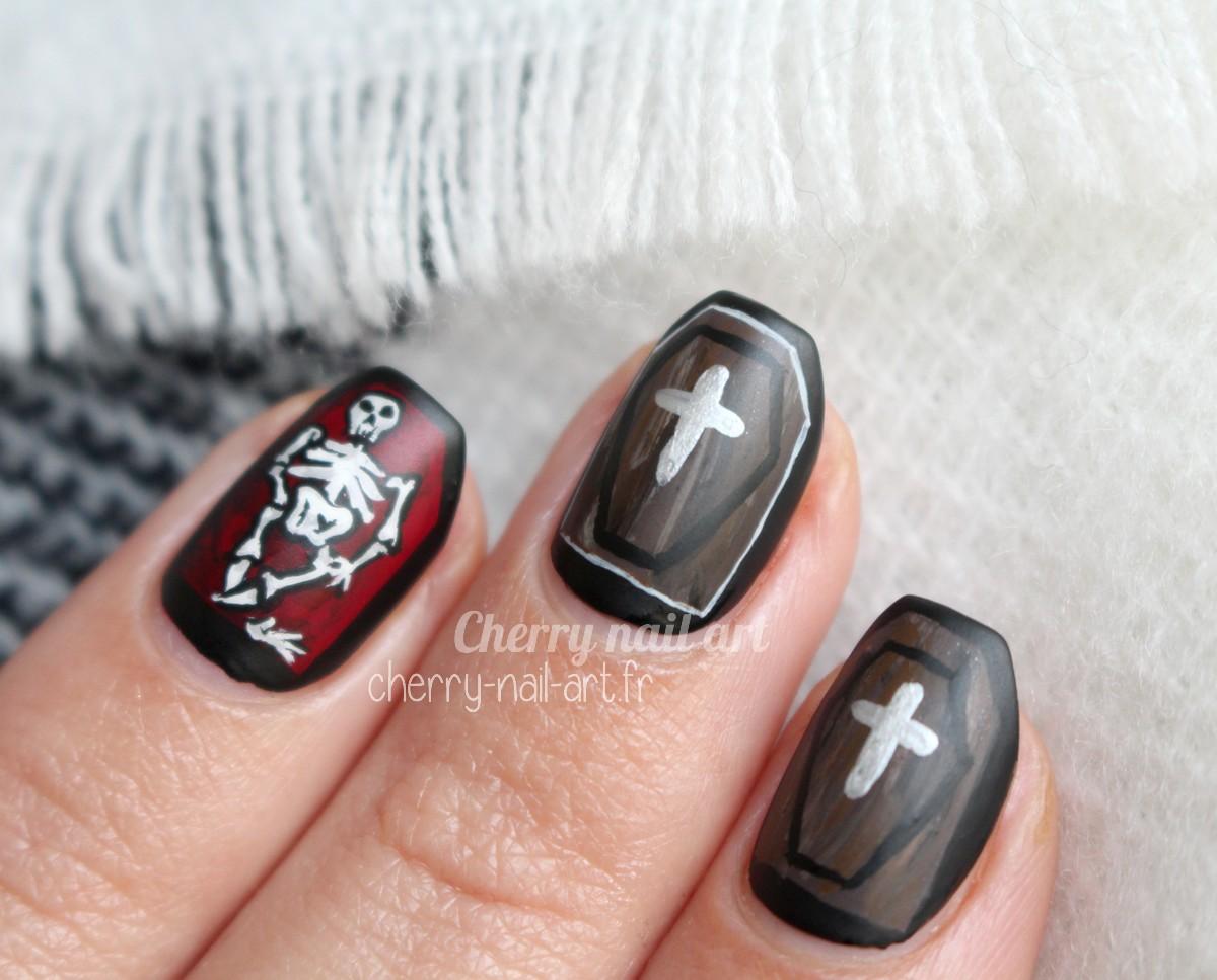 nail-art-halloween-cercueil-squelette