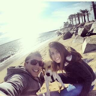 ALEIX ESPARGARÓ AND  LAURA MONTERO at the beach