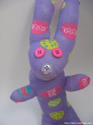 мягкая игрушка из носка для начинающих, мягкая игрушка из носка выкройки и схемы, мягкая игрушка из носка своими руками, мягкая игрушка из носка кошка, мягкая игрушка из носка своими руками заяц, мягкая игрушка из носка фото, Зайчик из носка (МК) http://prazdnichnymir.ru/зайчик, из носков, из трикотажа, из текстиля, зайчик из носков, для малышей, игрушки мягкие, зверушки, для детей, пасхальные игрушки, пасхальный заяц, шитье, http://handmade.parafraz.space/,