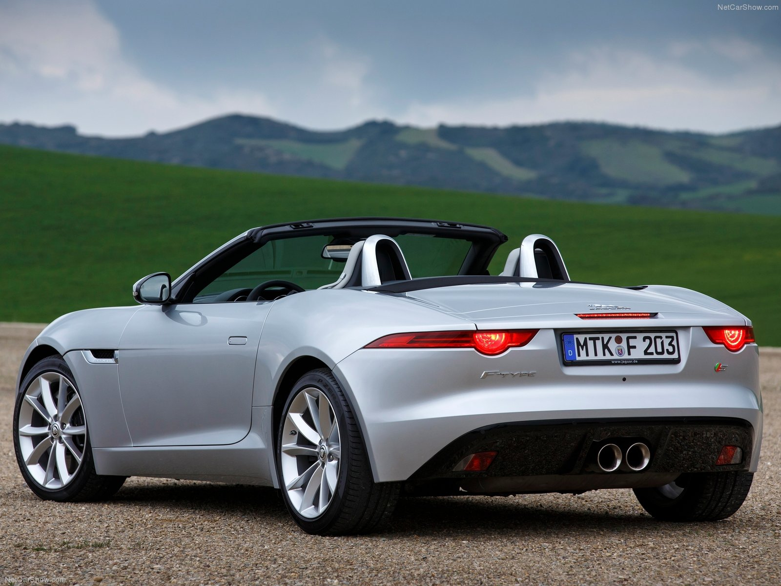 2014 jaguar f type v6 s review spec release date picture and price autocarsblitz. Black Bedroom Furniture Sets. Home Design Ideas