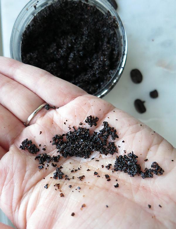Simply Scrub Organic Coffee Body Scrub product texture granules close-up