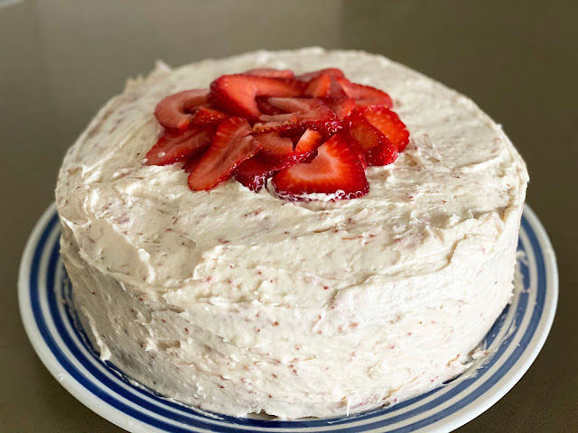 Recipe for Strawberry Cake by freshfromthe.com.