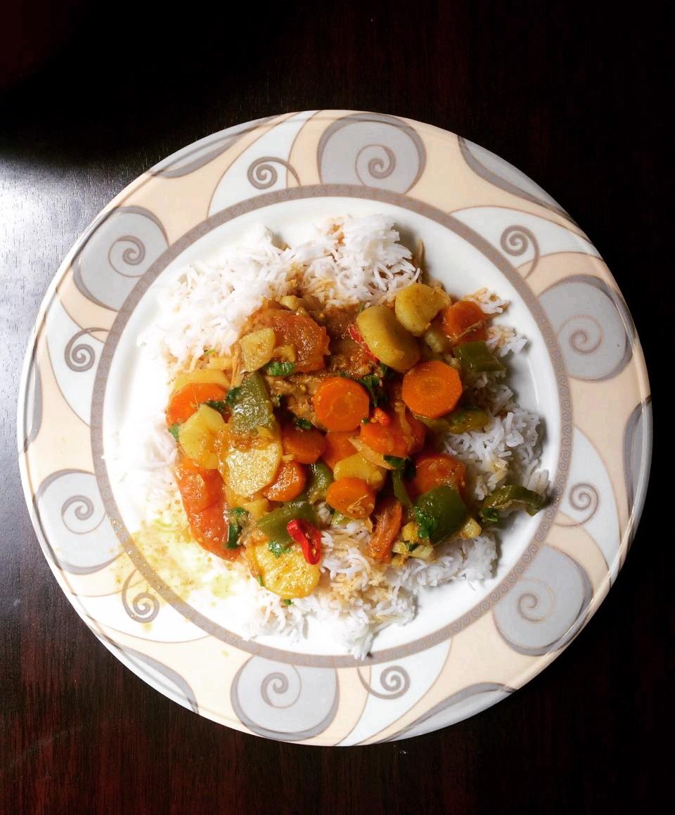Dejaj Salona | Emirati Chicken Stew