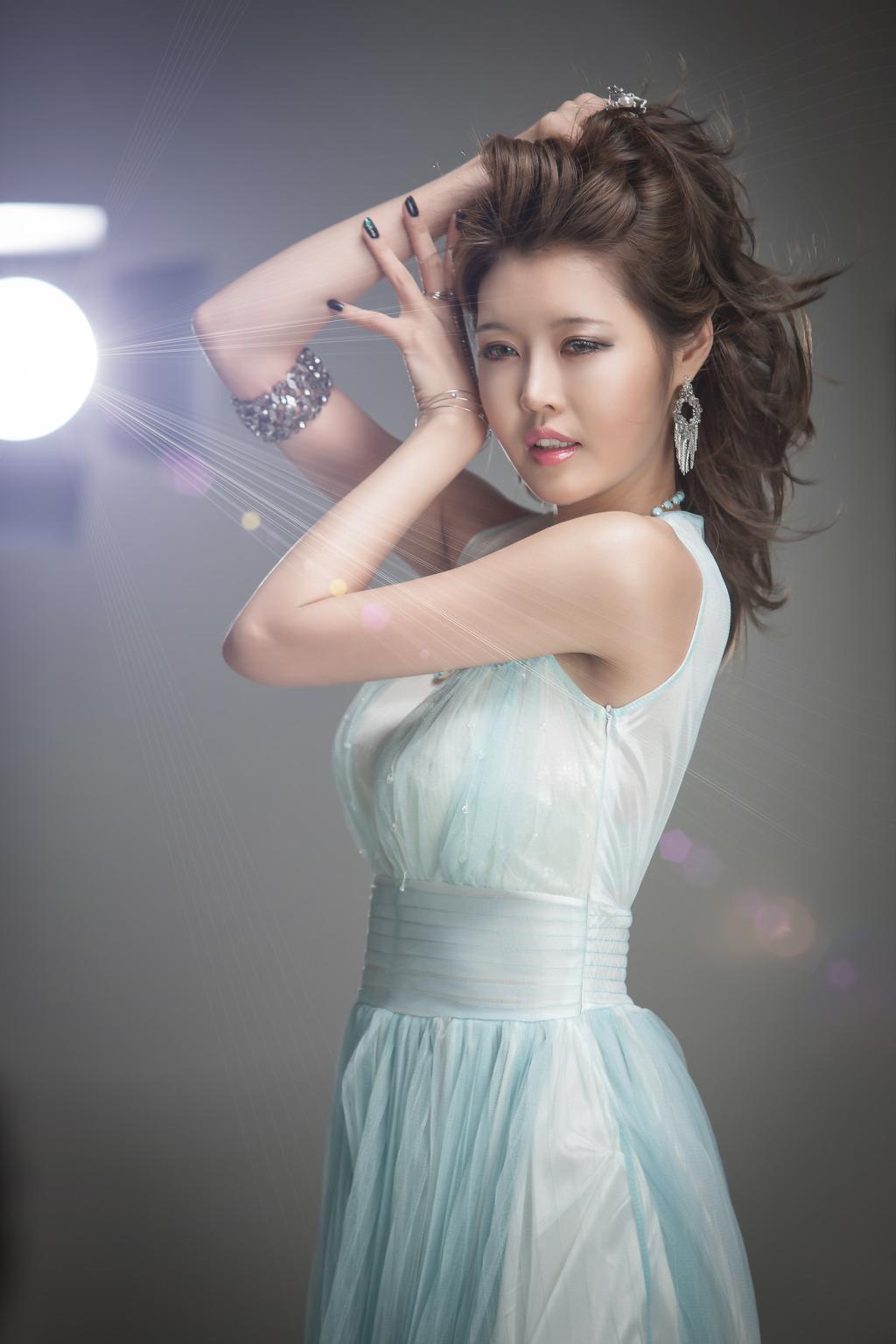 Foto park ju young suami dari kim hee sun b2e6d8ad89