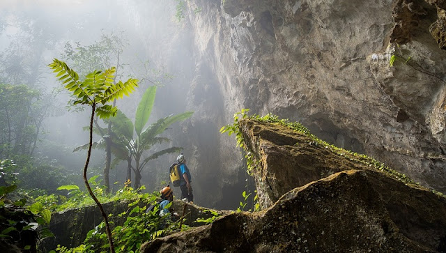 Exploring the world's largest cave Son Doong: What makes it appealing 1