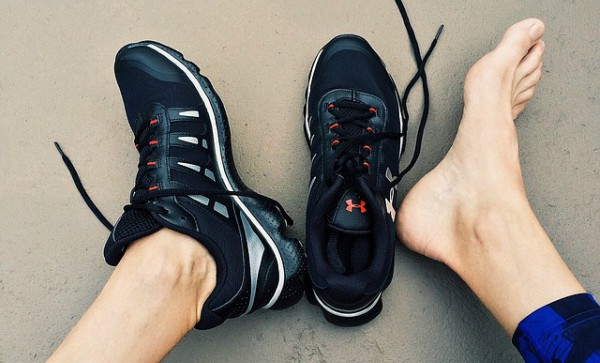 Cara Mengatasi Bau Tak Sedap pada Sepatu