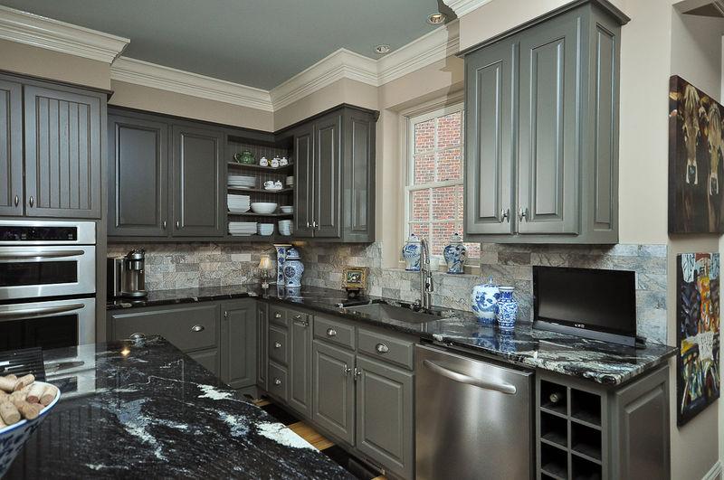 Best Color To Paint Kitchen Cabinets. Good Best Painting Oak ...