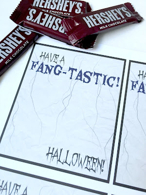 Easy to make Halloween treats with free printables.