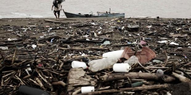 Eliminar el uso de bolsas plásticas, primer paso para sanar los océanos
