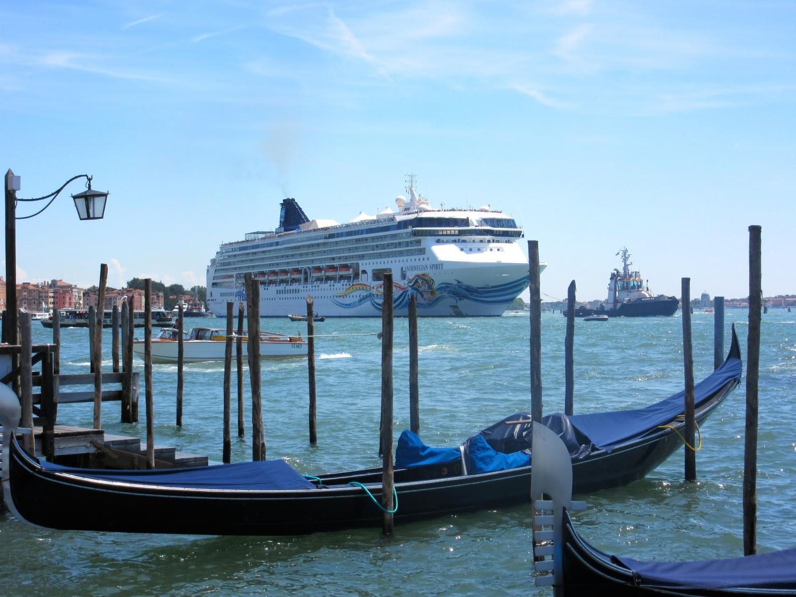 Destination Fiction Venice Queen Of The Seas - Queen of the seas cruise ship