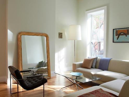 12 consigli per fare sembrare lussuoso il tuo soggiorno for Specchio soggiorno