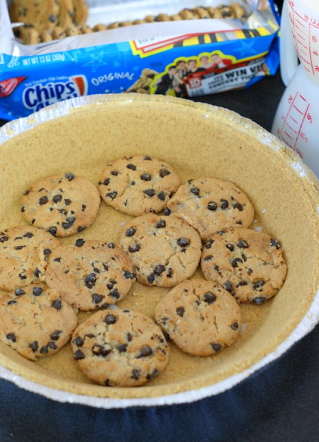 How to Make No-Bake Chocolate Chip Cookie Pie photo