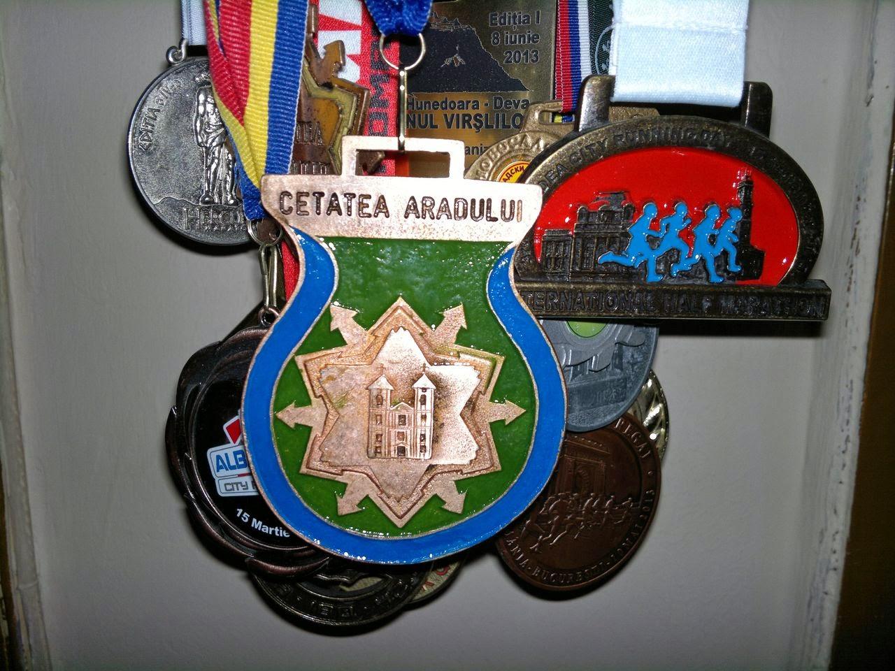 Maraton Arad 2014. Un eveniment REUŞIT în ciuda tuturor dificultăţilor. Medalie