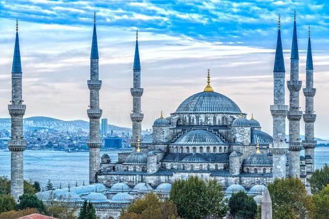 """「藍色清真寺」的圖片搜尋結果"""""""
