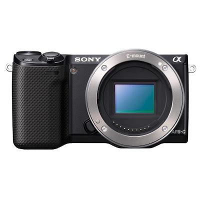 Fotografia frontale della Sony NEX-5R