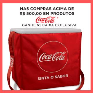Promoção verão pede Coca-Cola. Na promoção Verão pede Coca-Cola, ganhe 01 caixa térmica de 45 l com capa exclusiva! Confira as lojas participantes no site promocional. #VaiNoGás #CocaCola #CocacolaBr #topdapromocao #promoção #sorteio #brinde