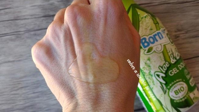 Gel de Aloe & Bamboo de Born to Bio, comprado en Vita33