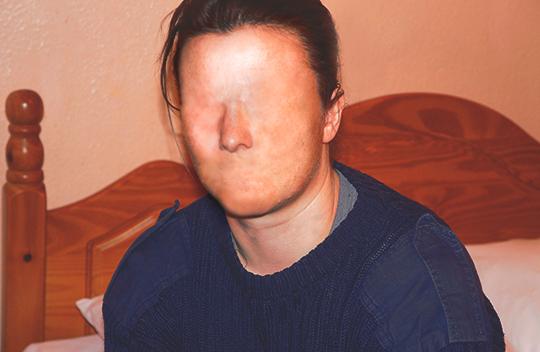 no face, faceless, photography, contemporary, art, artist, artwork, creepy,