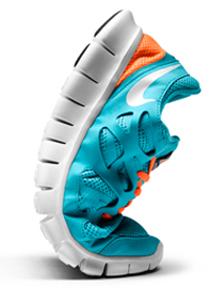88487ae47 Focando apenas no que é realmente necessário, esse modelo não tem adornos,  apenas as necessidades básicas de um calçado, proporcionando  respirabilidade e ...