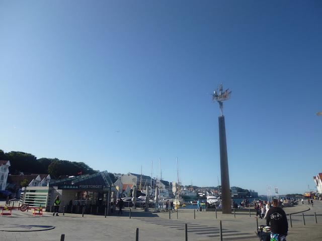Fisketorget en el Puerto de Stavanger (@mibaulviajero)