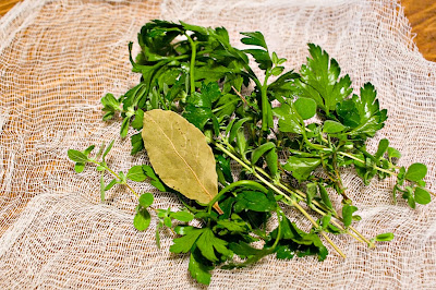 a bouquet garni - an herb bouquet for cooking