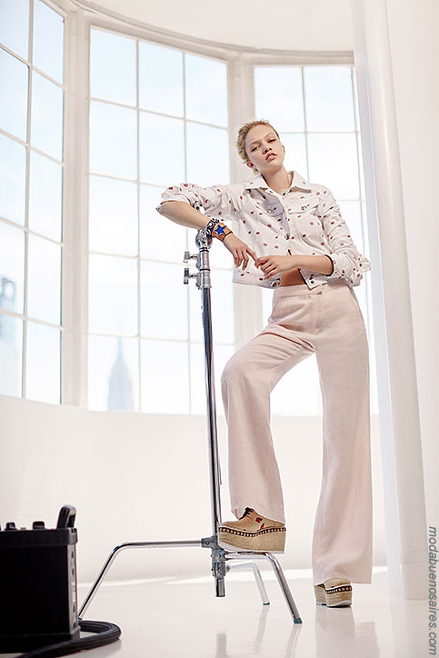 Pantalones de moda mujer primavera verano 2018.