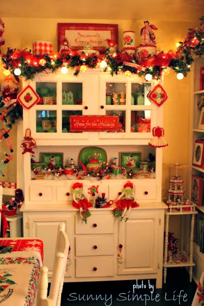 Christmas home tour, Christmas decor, Christmas cottage, jadeite