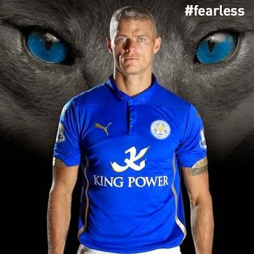 Los Leicester 2014-2015 Kits serán usados a lo largo de la temporada 2014-15  de la Liga Premier. King Power patrocina de nuevo las nuevas Leicester City  ... fe2478b586418