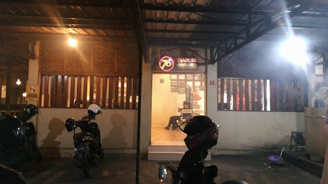 Cicipi 3 Kuliner Yogyakarta yang Tak Boleh Dilewatkan, makanan Yogyakarta, Sate Klatak Yogyakarta