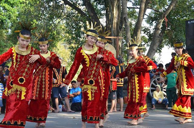 Tari Moyo Tarian Tradisional Dari Sumatera Utara