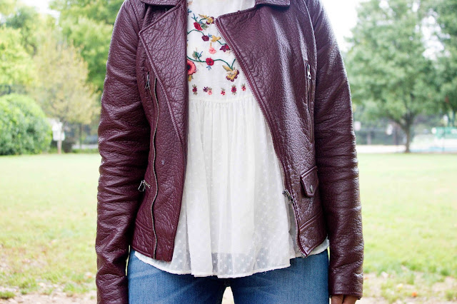 A fall inspired casual college outfit.
