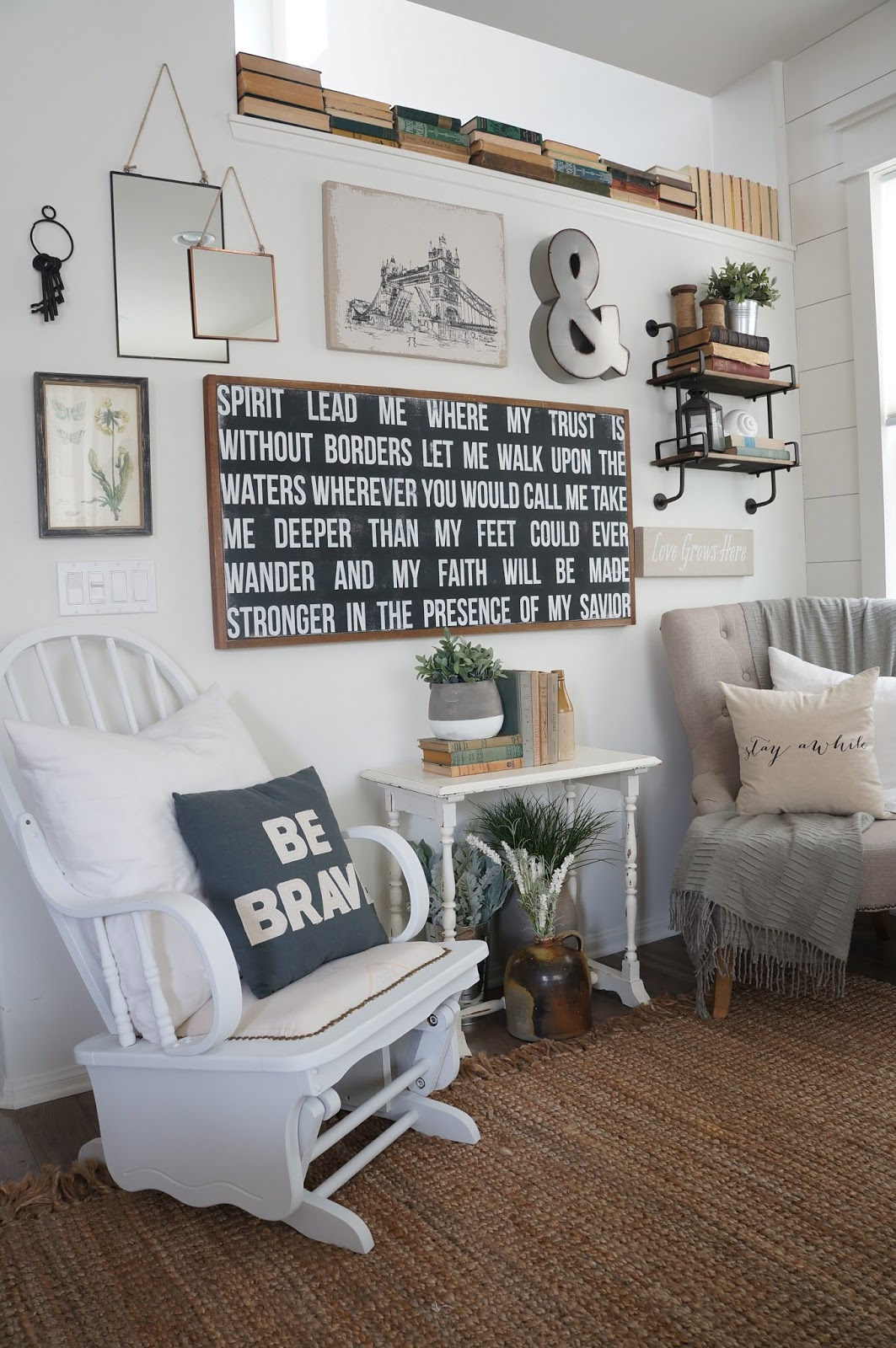 Shabby And Charme Farmhouse Style E Industrial Chic A