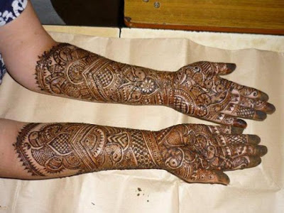 latest-special-bridal-mehndi-designs-collection-2016-17-full-hands-and-feet-12